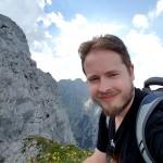 A shameless mountain selfie.